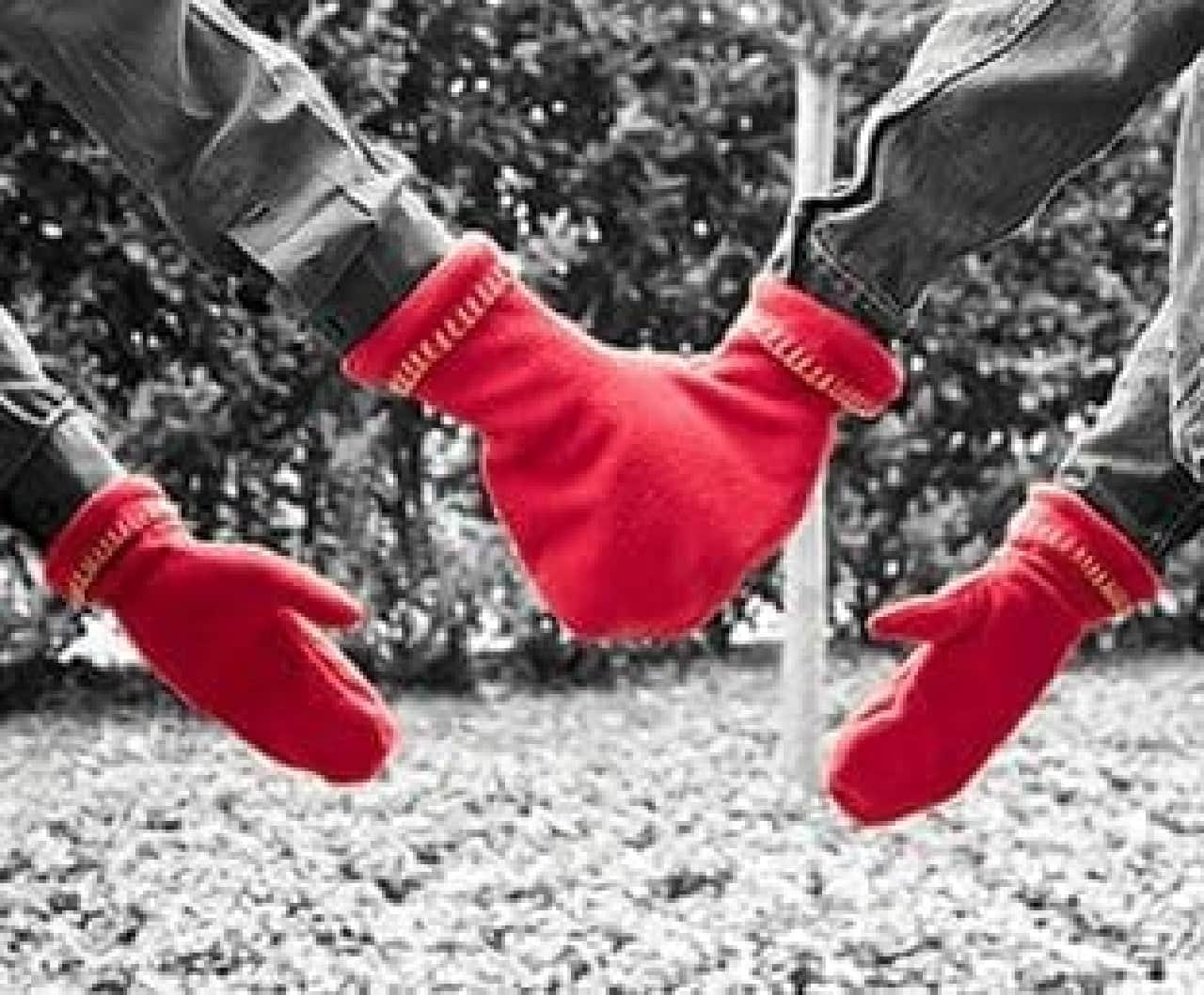 寒い時は手をつなごう