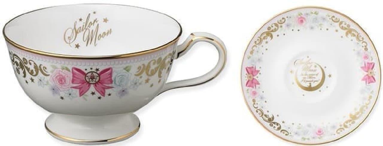ティーカップとソーサーのデザイン