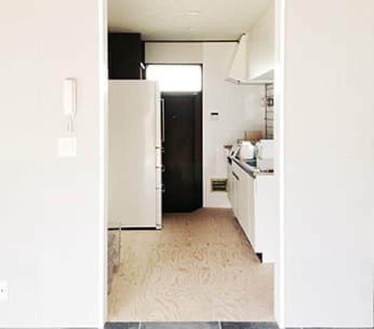 「箱庭の住めるアトリエ」キッチン