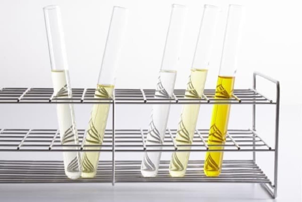 液体の色の違いは合成着色料無添加の証