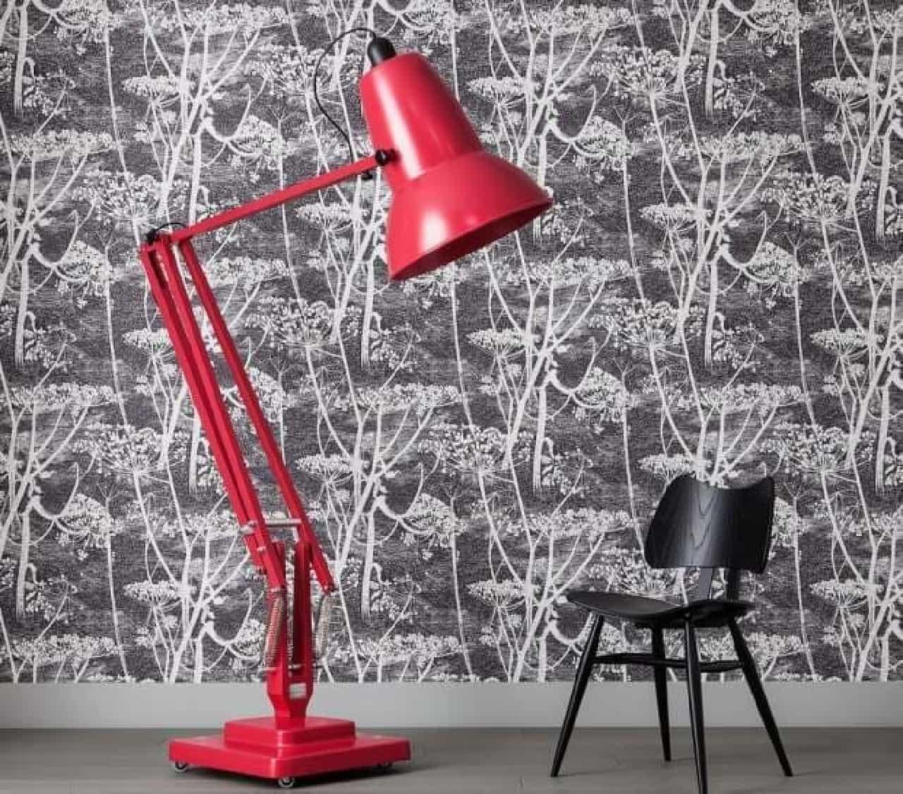 巨大フロアライト「Giant Floor Lamp」