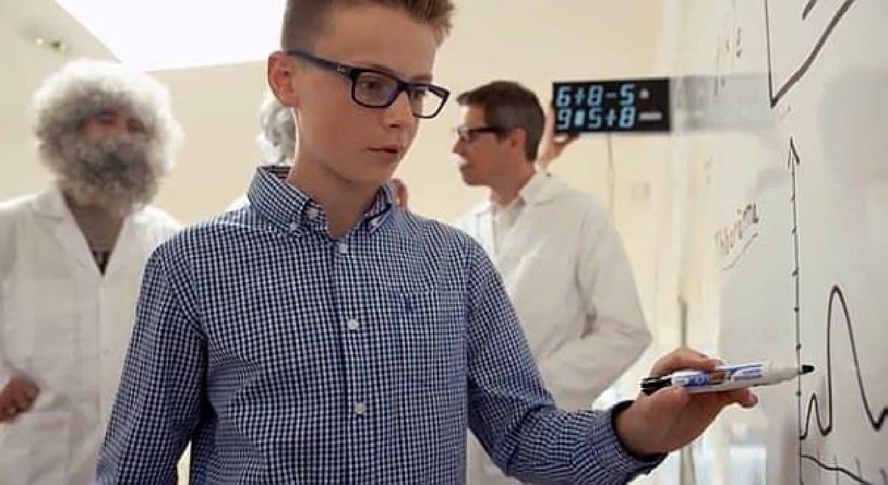 数年後には「Albert」で育った子ども数学者・物理学者が現われる?  (画像はイメージだそうです)