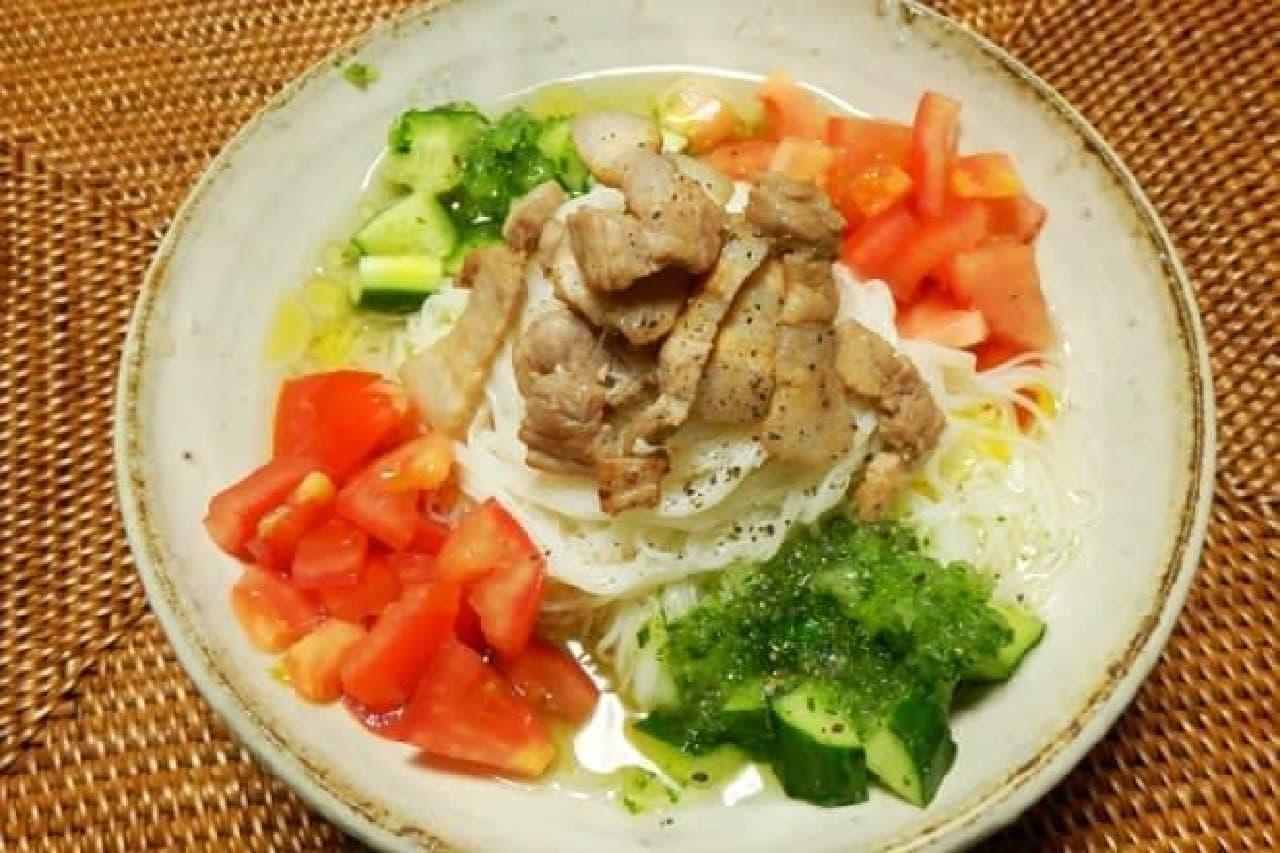 野菜たっぷりで食べ応えある一皿