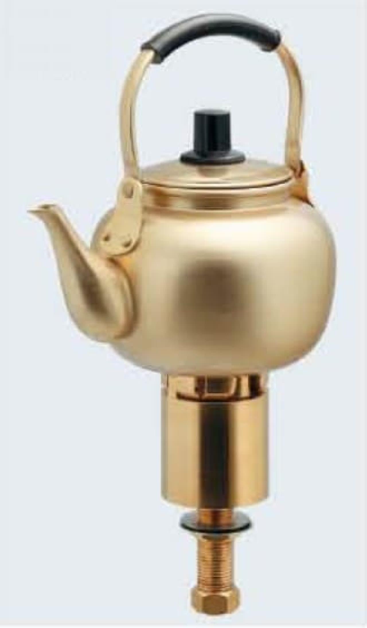 やかん型の水栓「魔法の水」  麦茶がでてきそう?