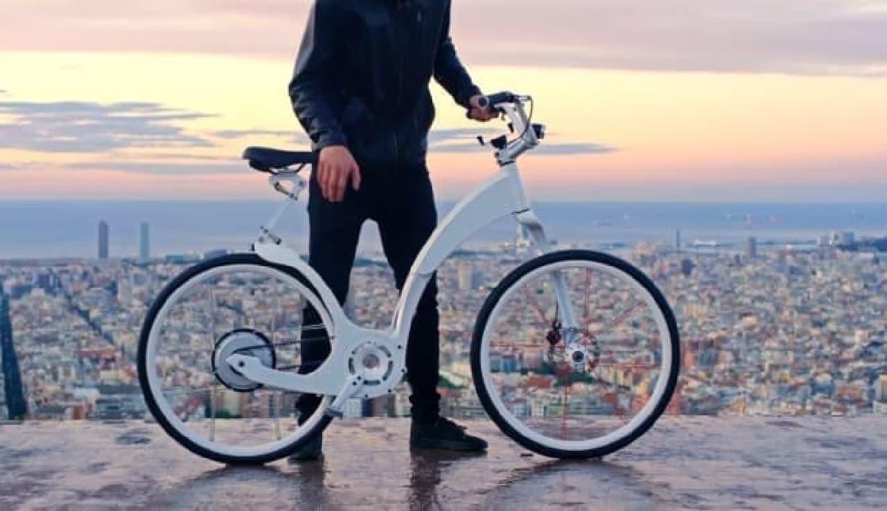 「Gi FlyBike」は自転車通勤者向けの電動アシスト自転車