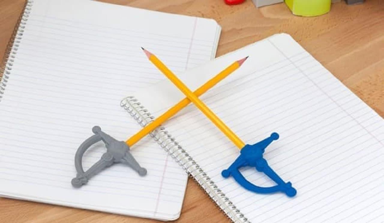 「ペン(鉛筆?)は剣よりも強い…が、消しゴムはもっと強い」