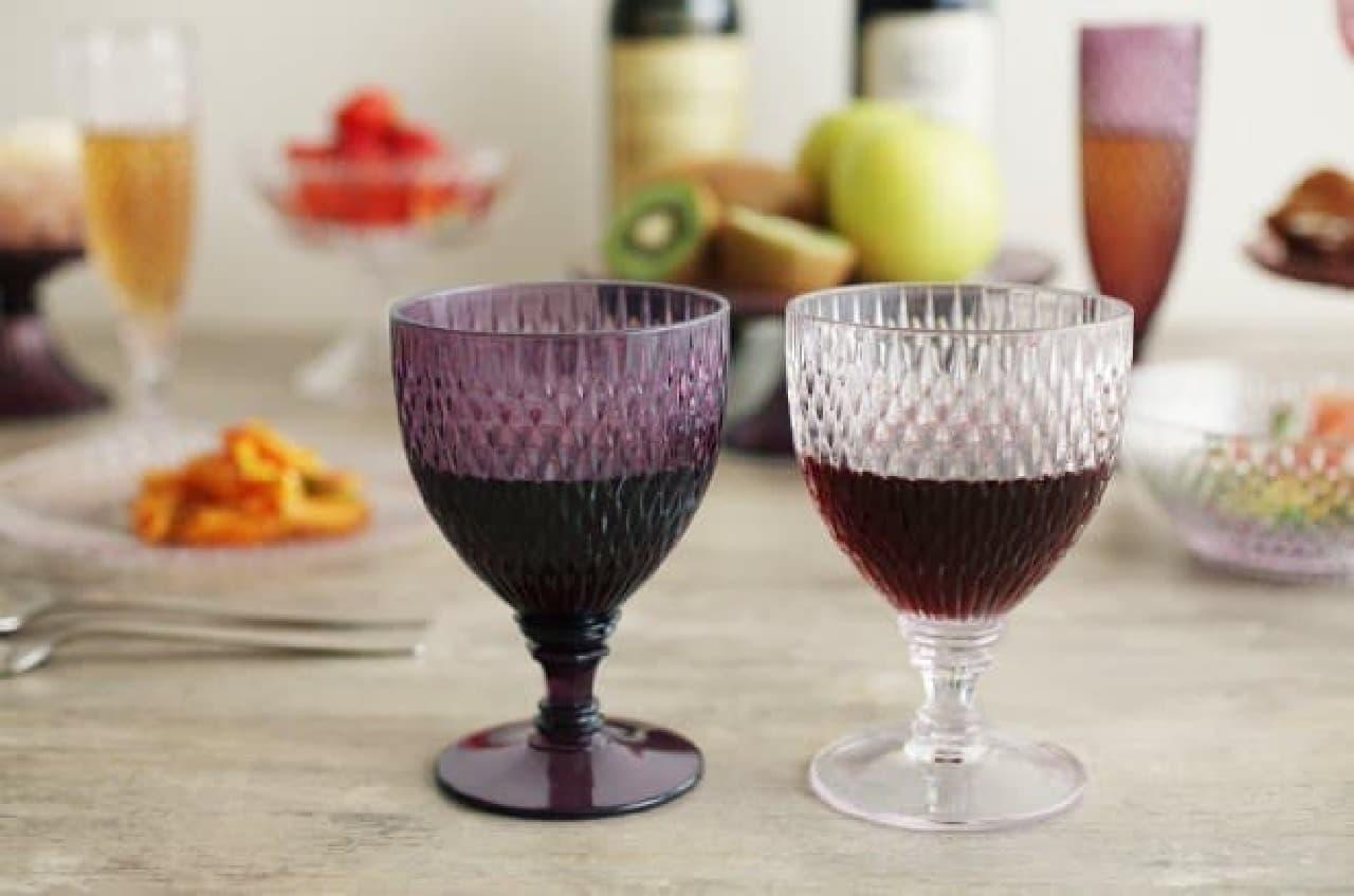 ROSETTE 樹脂製 ワイングラス/各540円  今年はボジョレーもベランダで