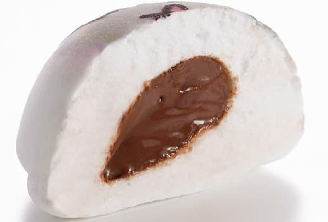 中にはチョコレートクリーム