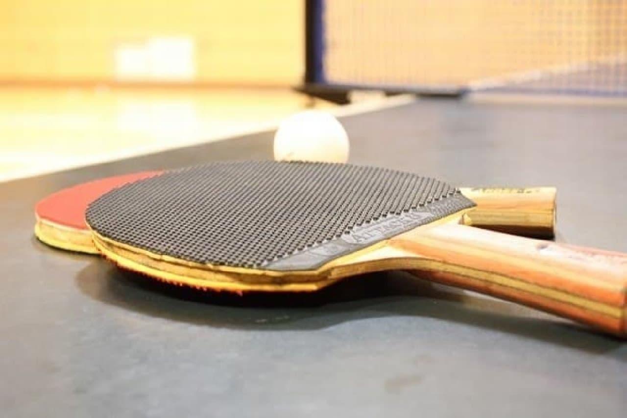 東京のナイトスポットで卓球がブーム?