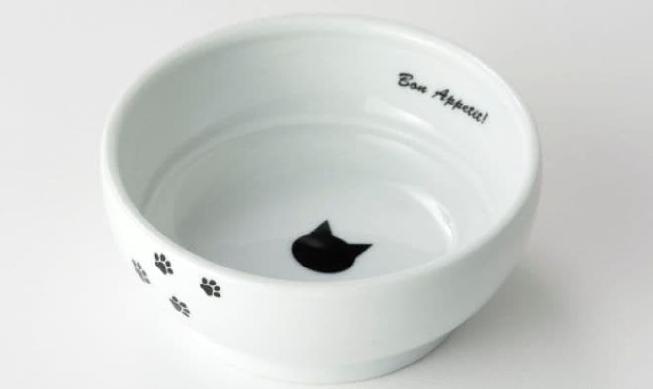 猫の顔や肉球のデザインが人気