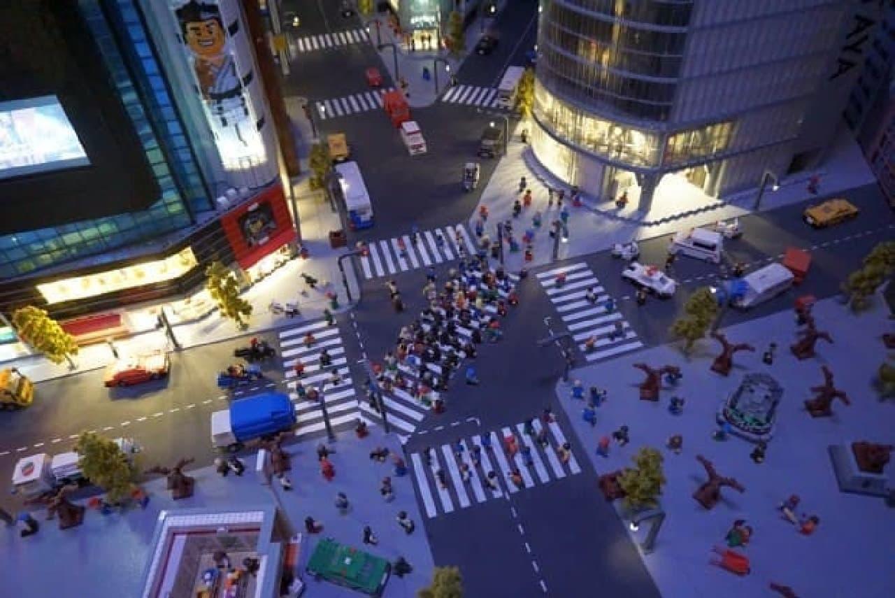 レゴで再現された渋谷の交差点。もはや作れないものはない?
