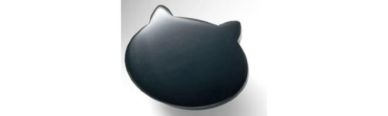 ネコ耳ボタン、付いてます