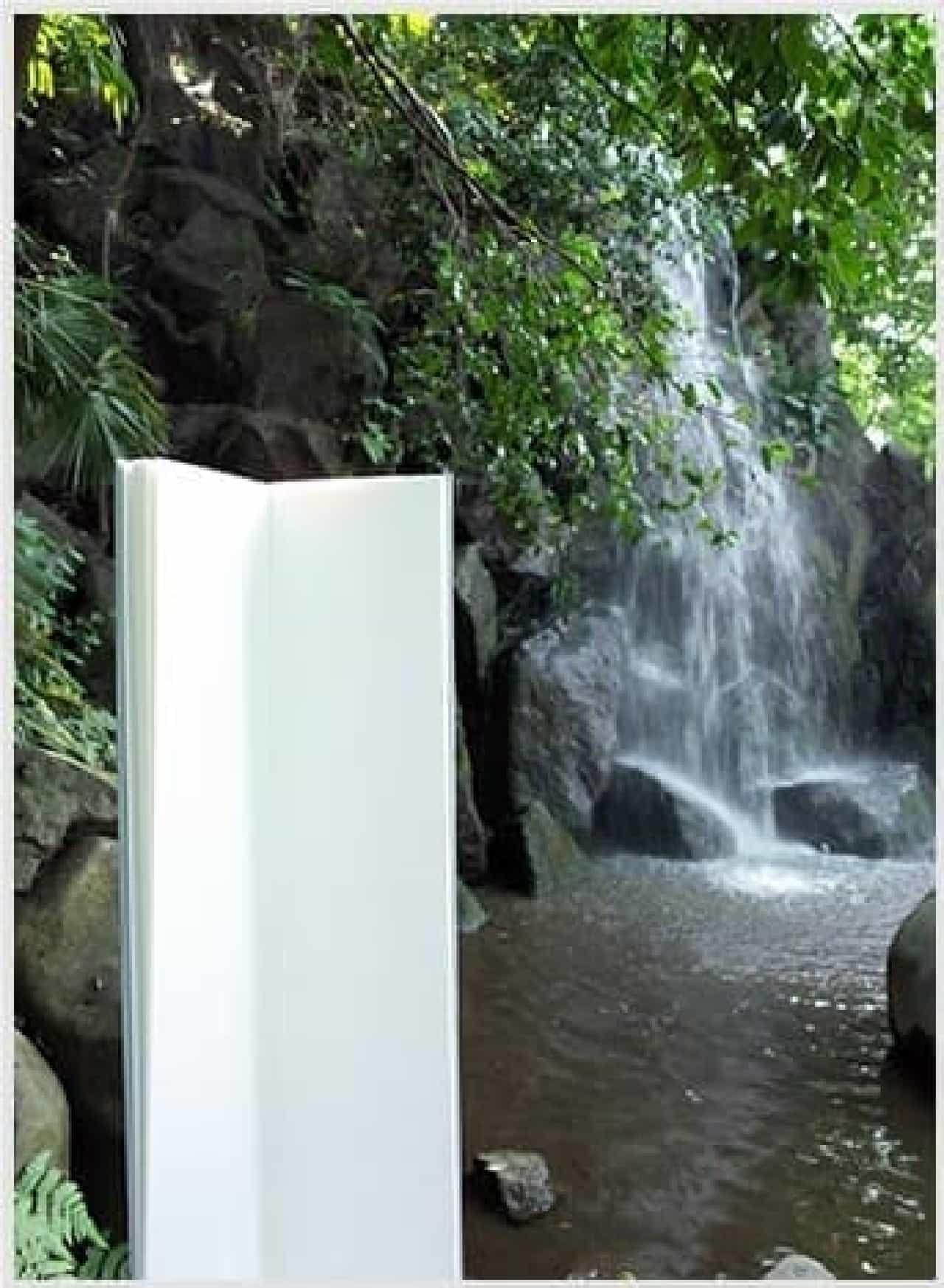 折戸朗子さんの作品「滝のためのスケッチブック」