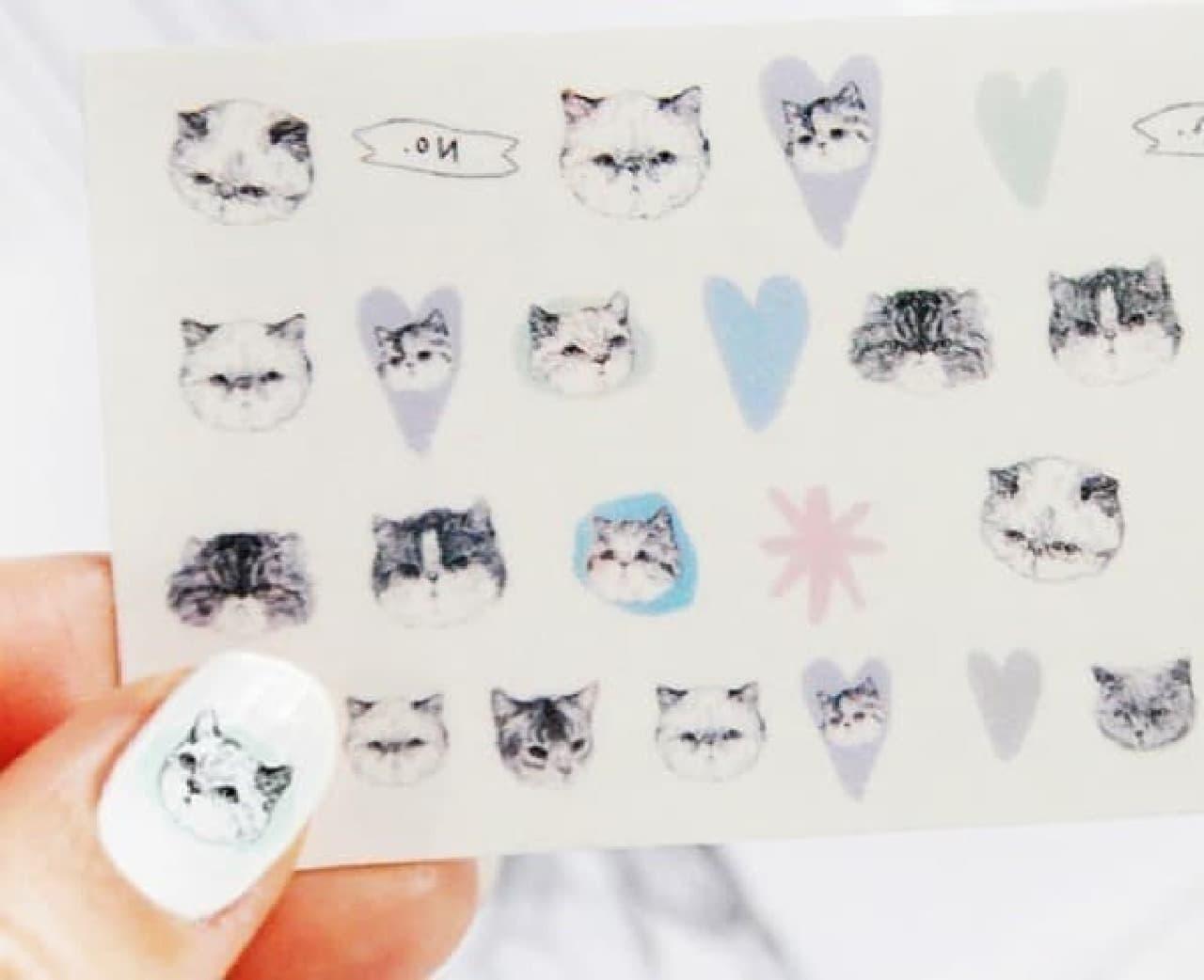 指先にネコを\u2015Hello Harriet!の新作のネイルシール「カラフルな猫」