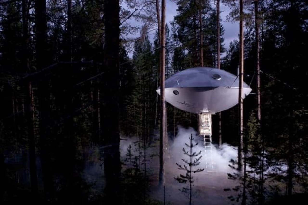 その対極にある「THE UFO」  スウェーデンの人って、案外…。