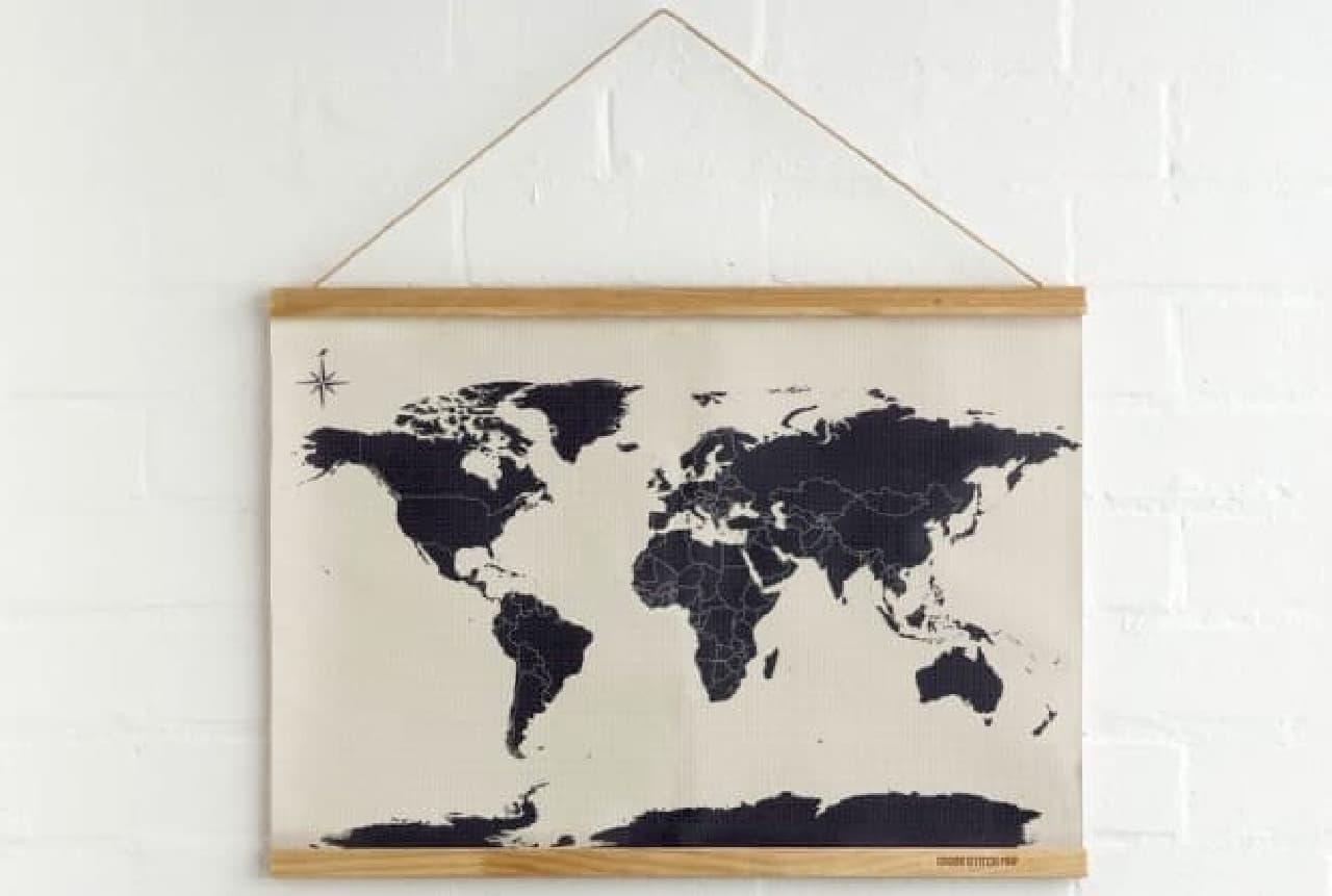 世界地図をキャンバスに