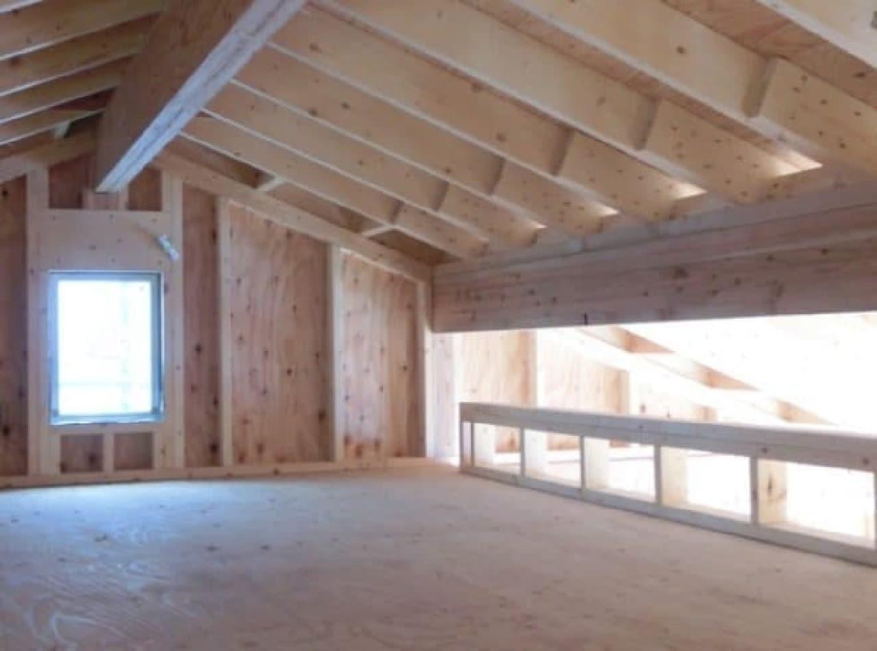 2階の各部屋にはロフトも  (注意:画像は建設中のもの  完成時の状態とは異なる可能性があります)