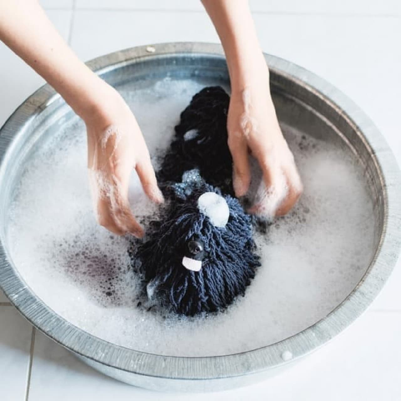 モップ犬部分は、優しく手洗いしてあげましょう!