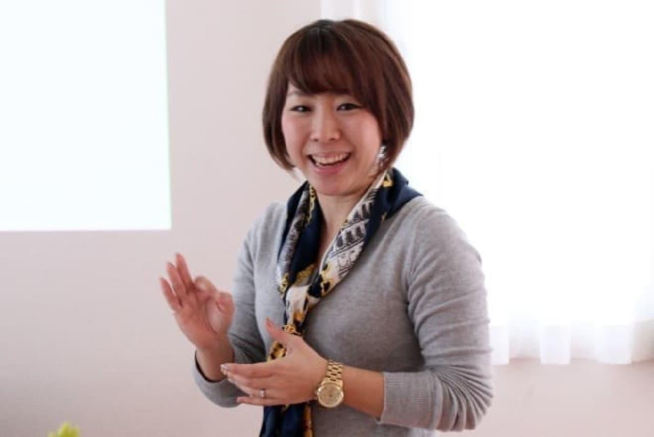 収納スタイリストの吉川永里子さん  明るいトークにモチベーションも上がります!