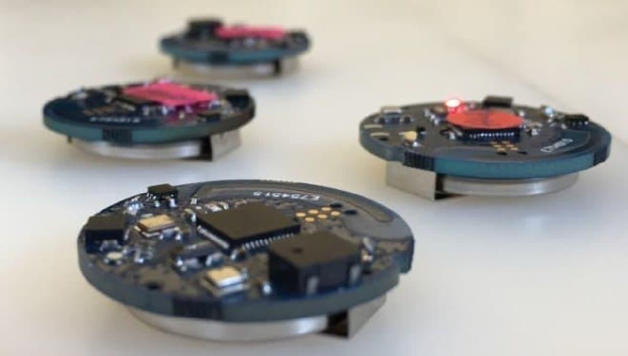 「Oombrella」に内蔵されたセンサー  気温、気圧、湿度などを計測します