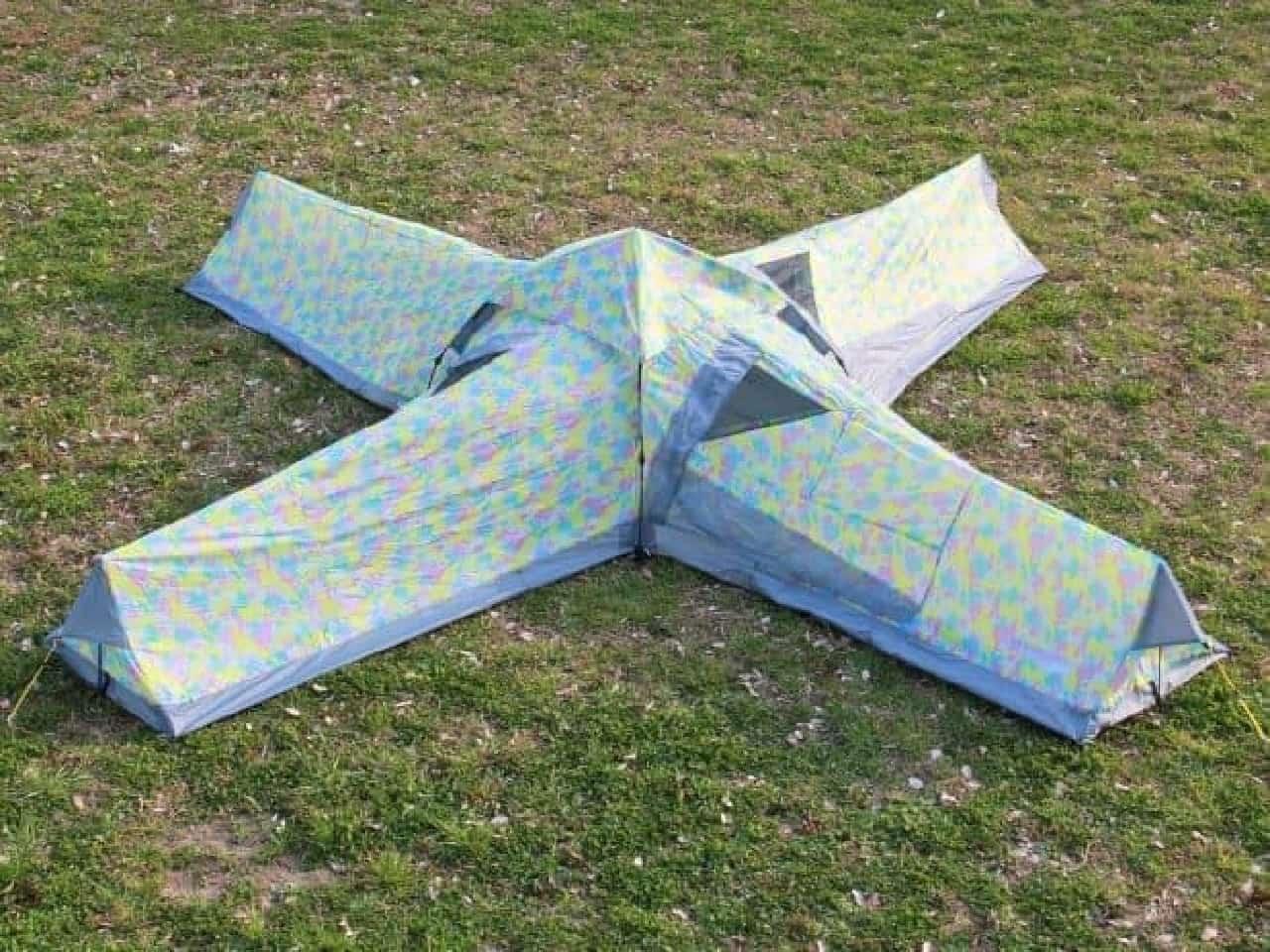 十字型の4人用テント「クレイジーエックス」販売開始