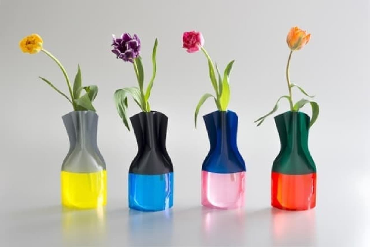 カラフルな花瓶で春を楽しもう