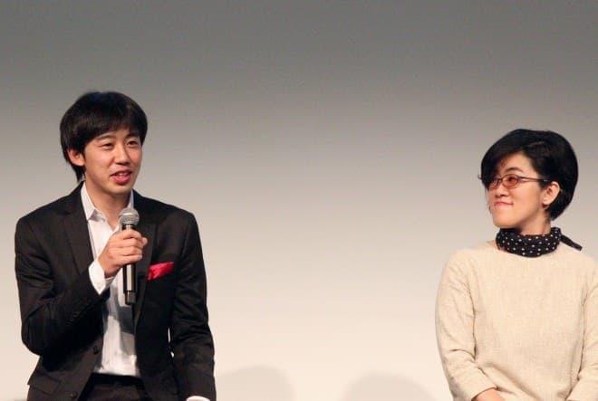 「深く考えず、エアコンに任せてください」と三菱電機の杉山さん(左)  右は藤原千秋さん