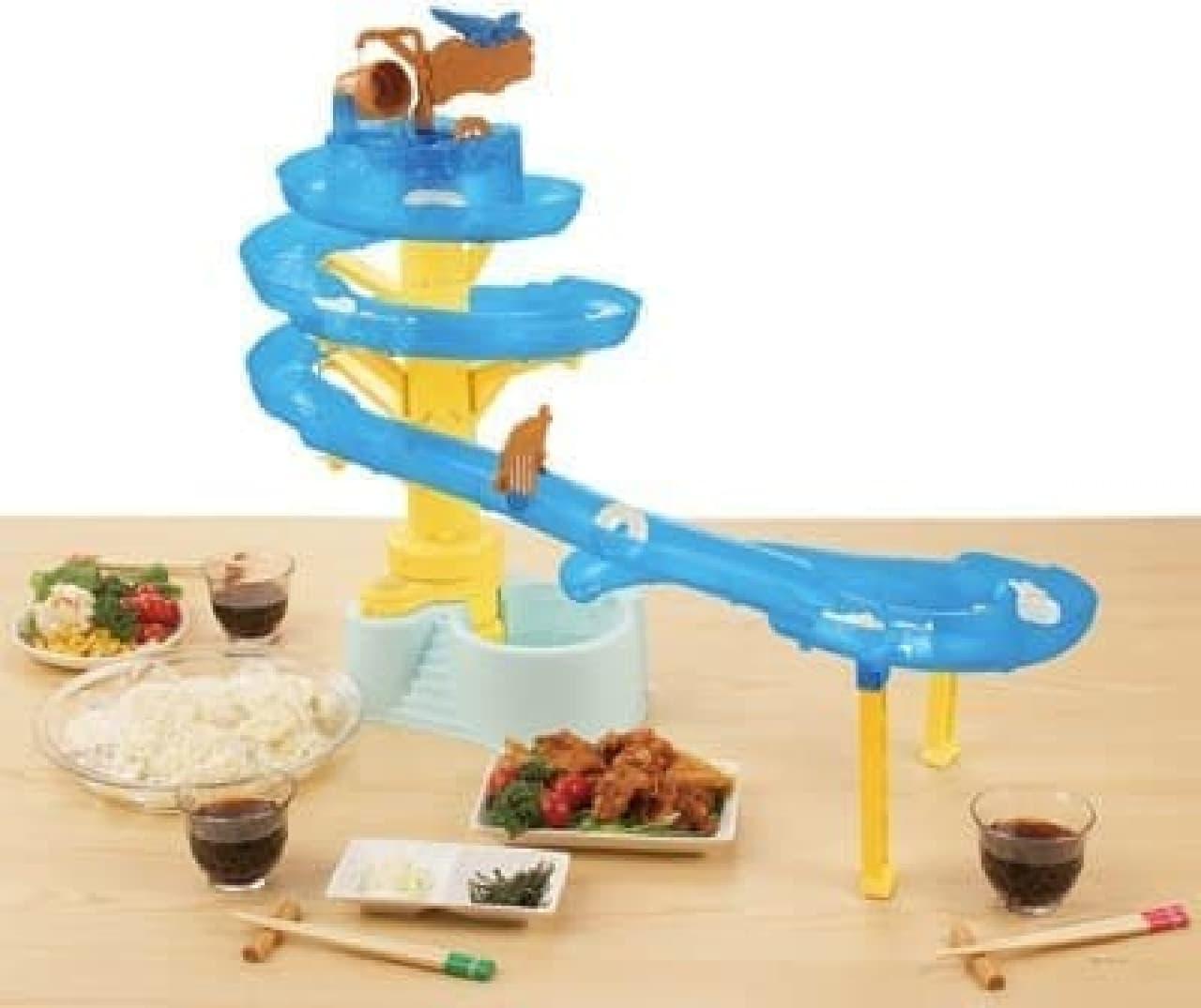 全長3.6メートルでありながら、テーブル上における「ビッグストリームそうめんスライダー」