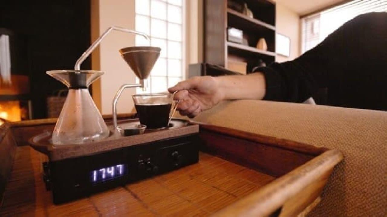 触感も刺激する目覚まし時計「The Barisieur」