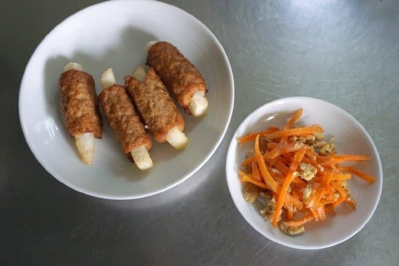 レンチンした冷凍食品も一旦冷ます  左は子どもの頃から大好きな「肉巻きポテト」