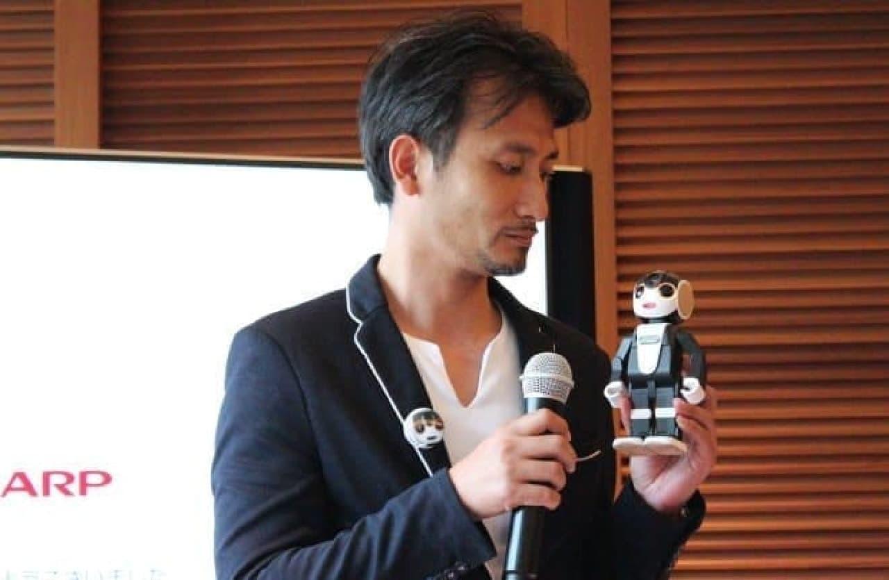 ロボットクリエーターの高橋智隆氏