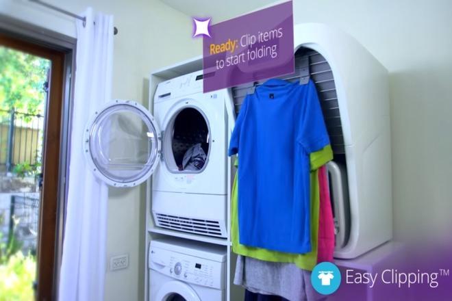 自動洗濯物畳み装置「FoldiMate」サイズ感