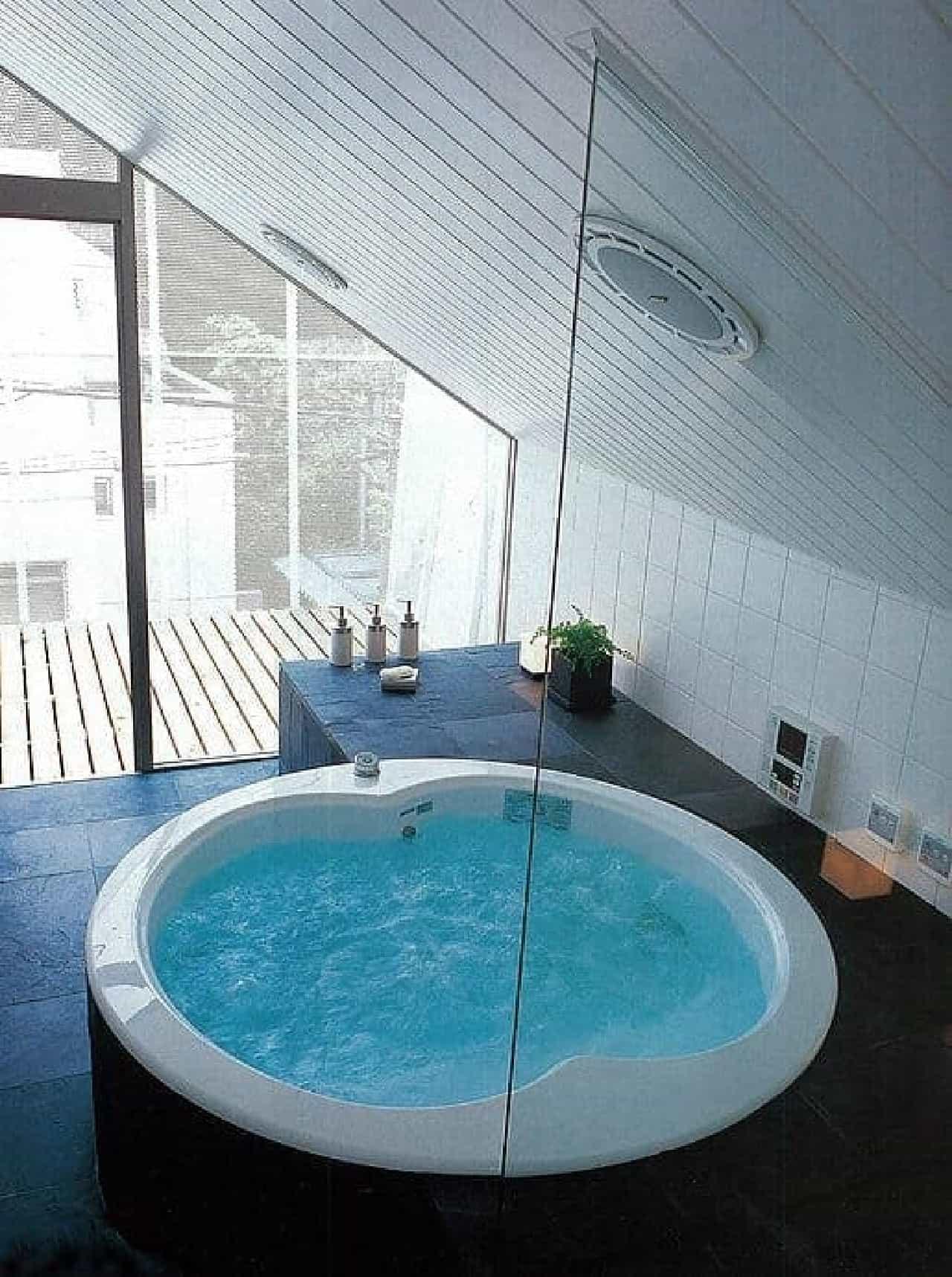 「ちっちゃな家#37」のジャグジー付きお風呂