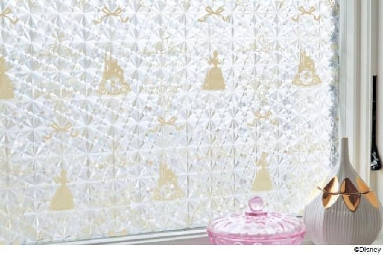 ベルメゾンUVカット窓飾りシート(ディズニー)