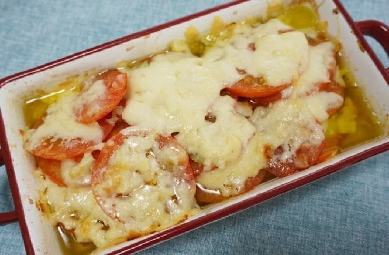 トマトチーズアヒージョ