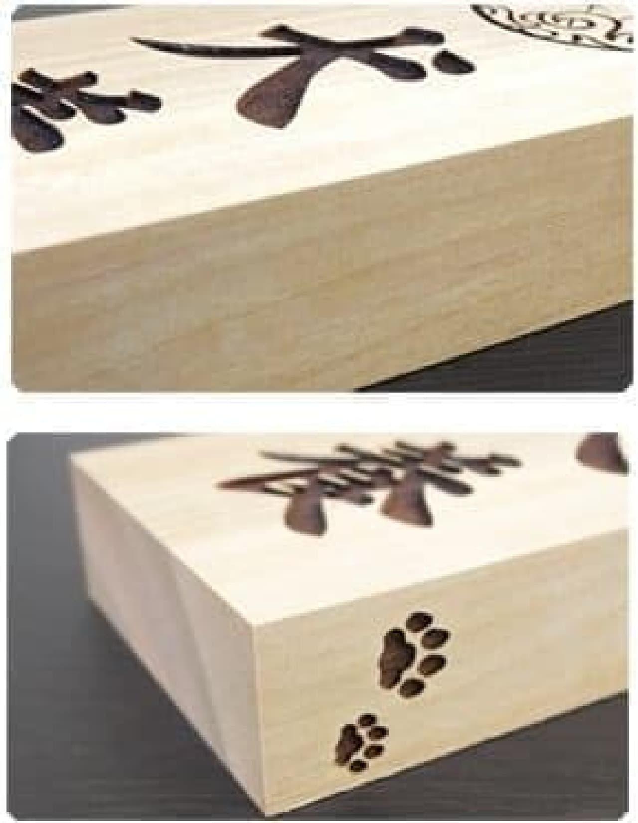 「いぬもん表札」は木の重厚感と、犬の可愛らしさを併せ持つ