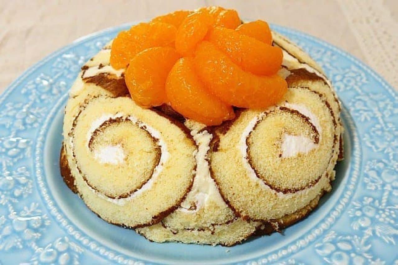 ロールケーキで作ったドームケーキ