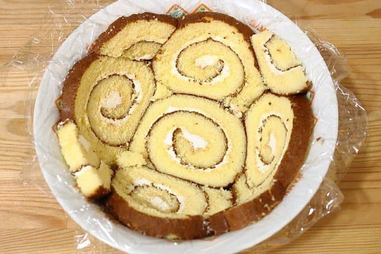 市販のロールケーキで作るドームケーキ