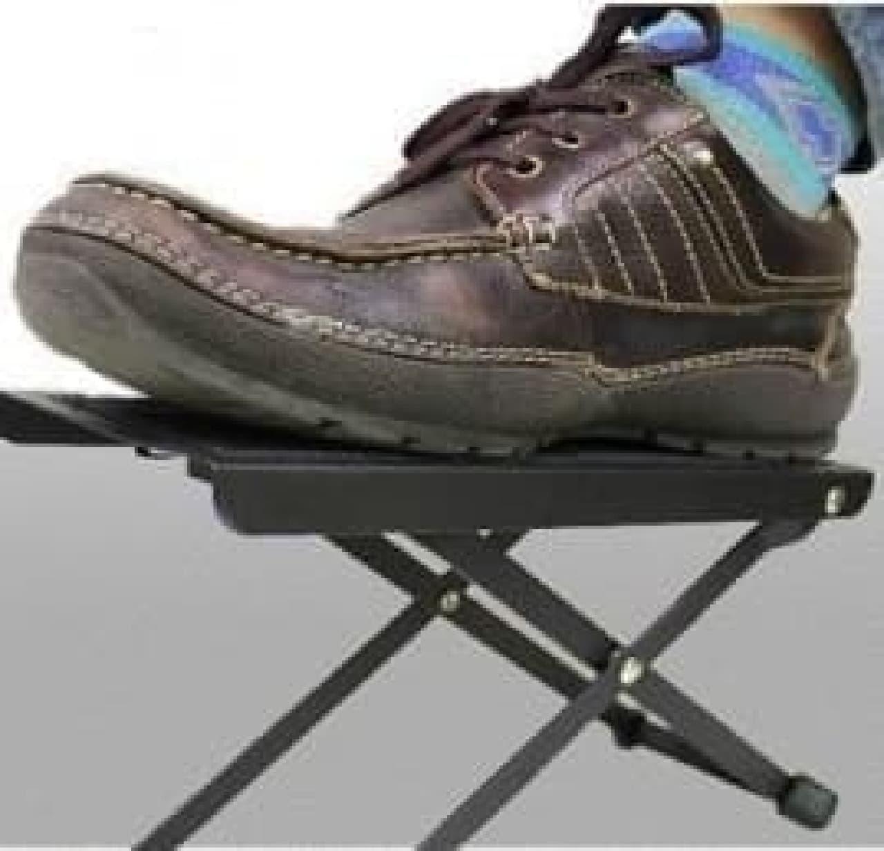 ギタリストのための椅子「ギタイスPRO」