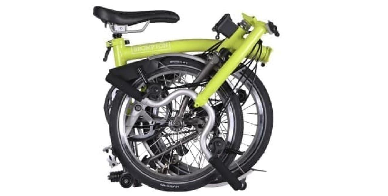 折り畳むとほぼタイヤサイズの自転車「BROMPTON」、2017年モデル