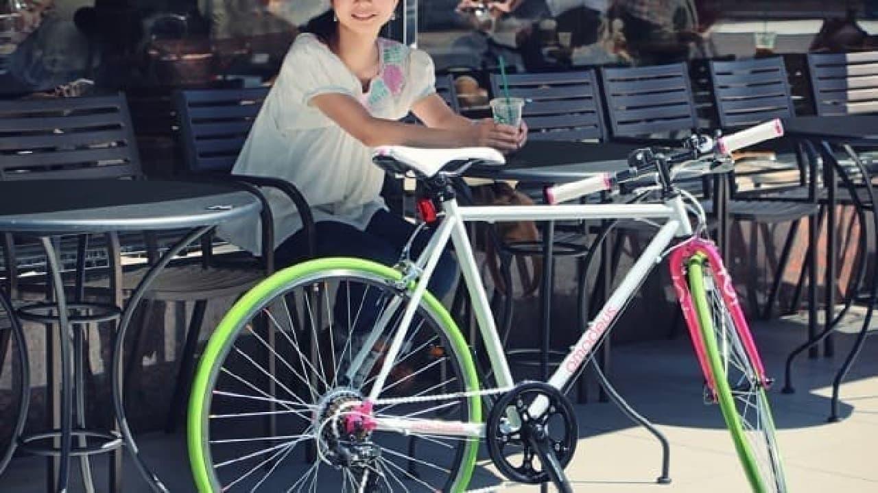 女性向けのクロスバイク「401S amadeus(アマデウス)」