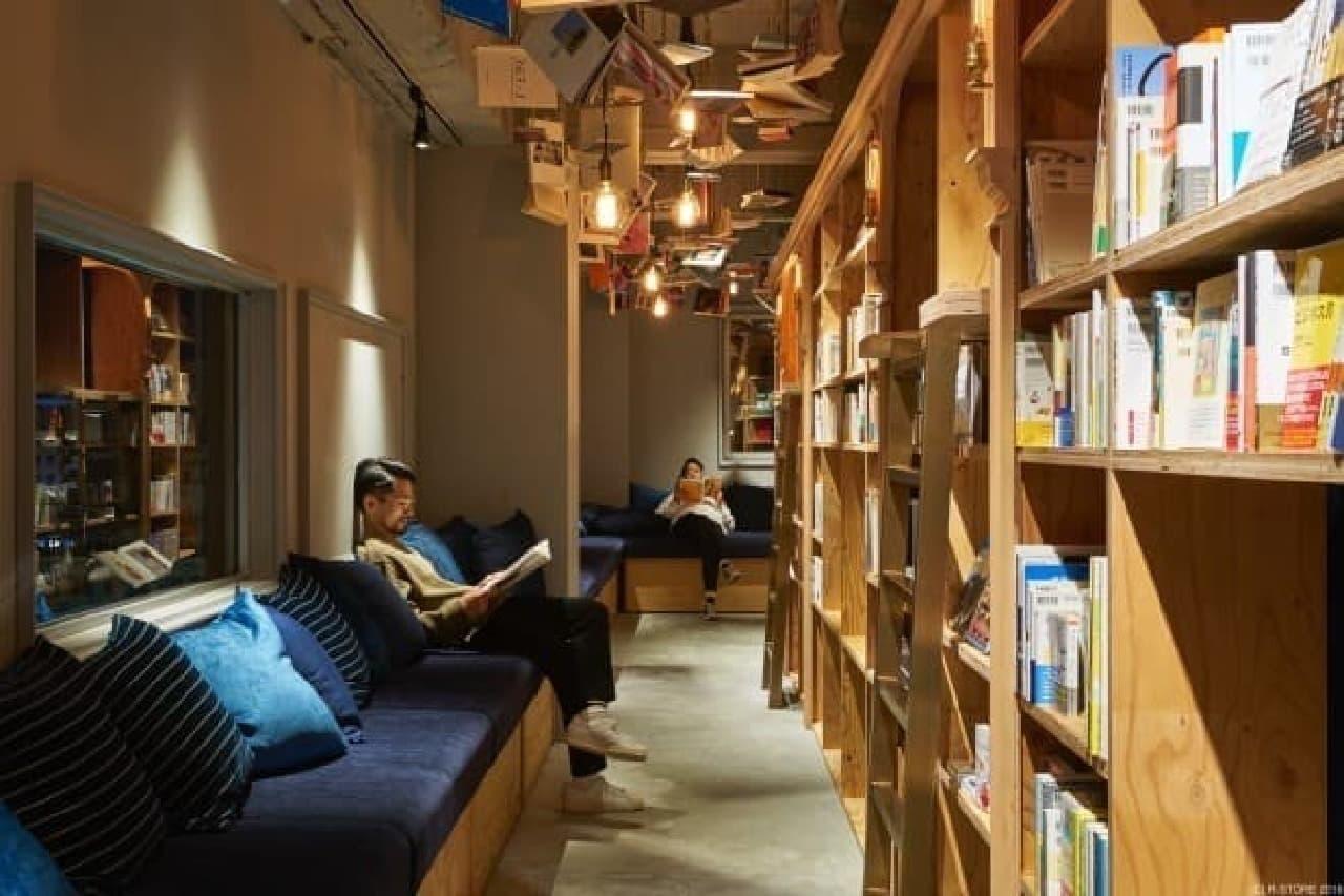 """""""泊まれる本屋""""「BOOK AND BED TOKYO 京都店」"""