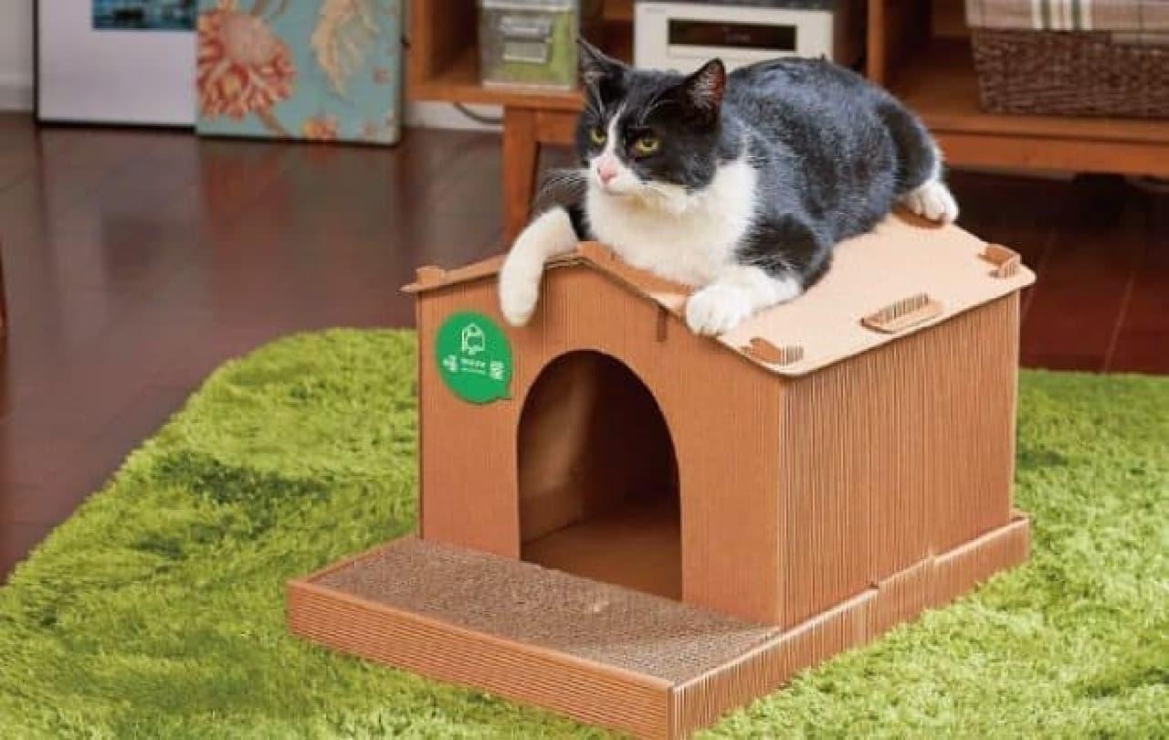 犬小屋みたいなネコのおうち「猫屋 キャットハウス」がペット用品を扱うオーエフティーから販売開始され