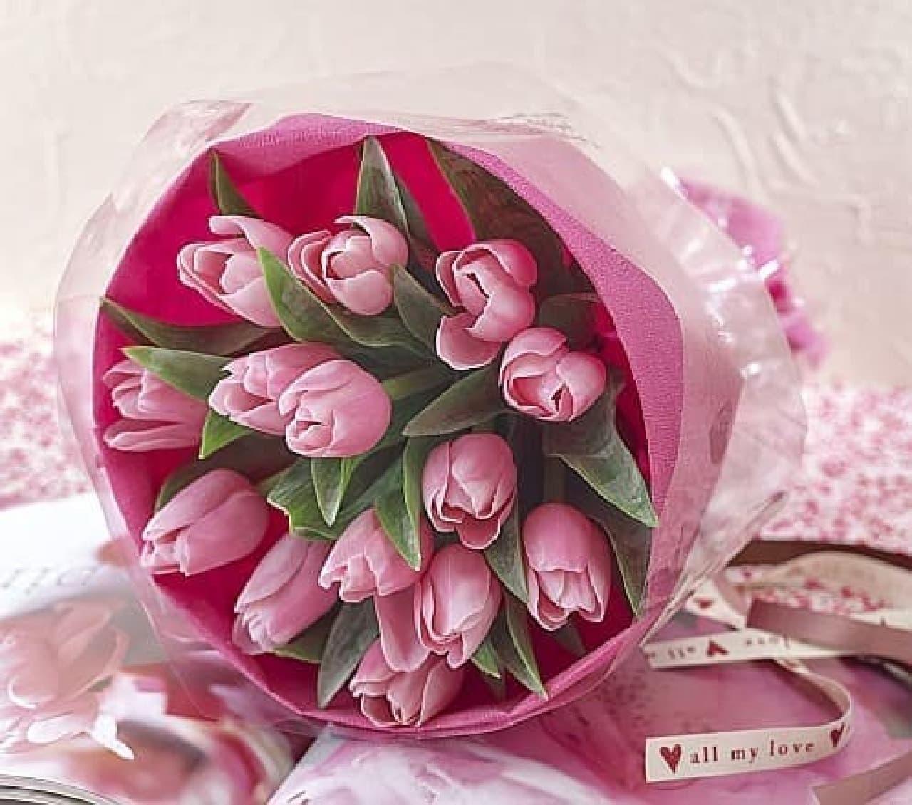 日比谷花壇の花束「ラブハート」