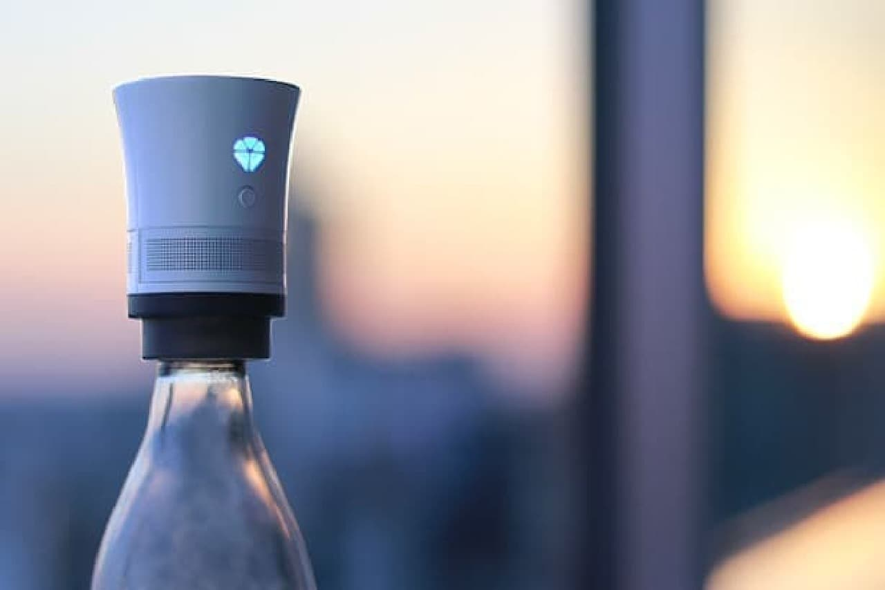 使用済みボトルに取りつける「Cork speaker(コルクスピーカー)」