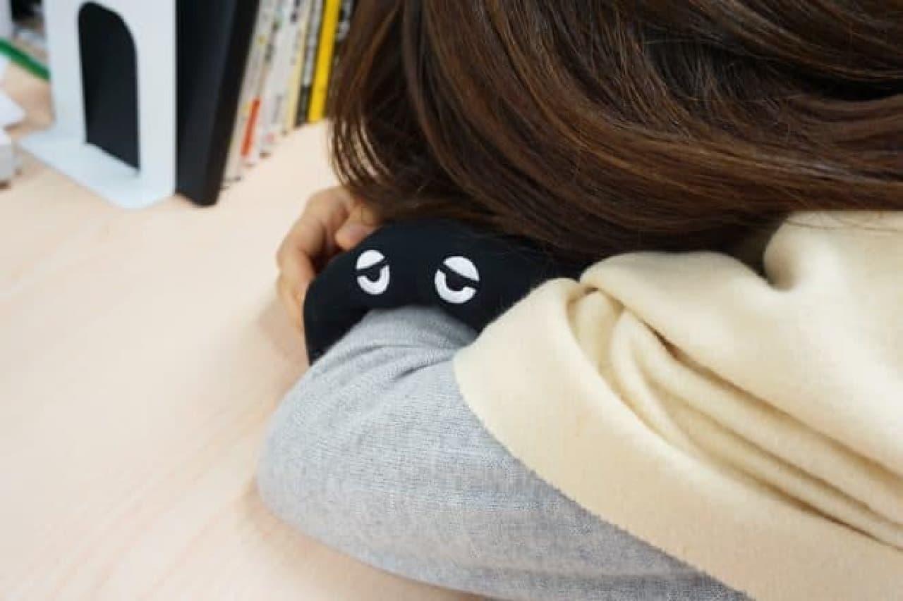 エアウィーヴ昼寝用枕「ナピロー」