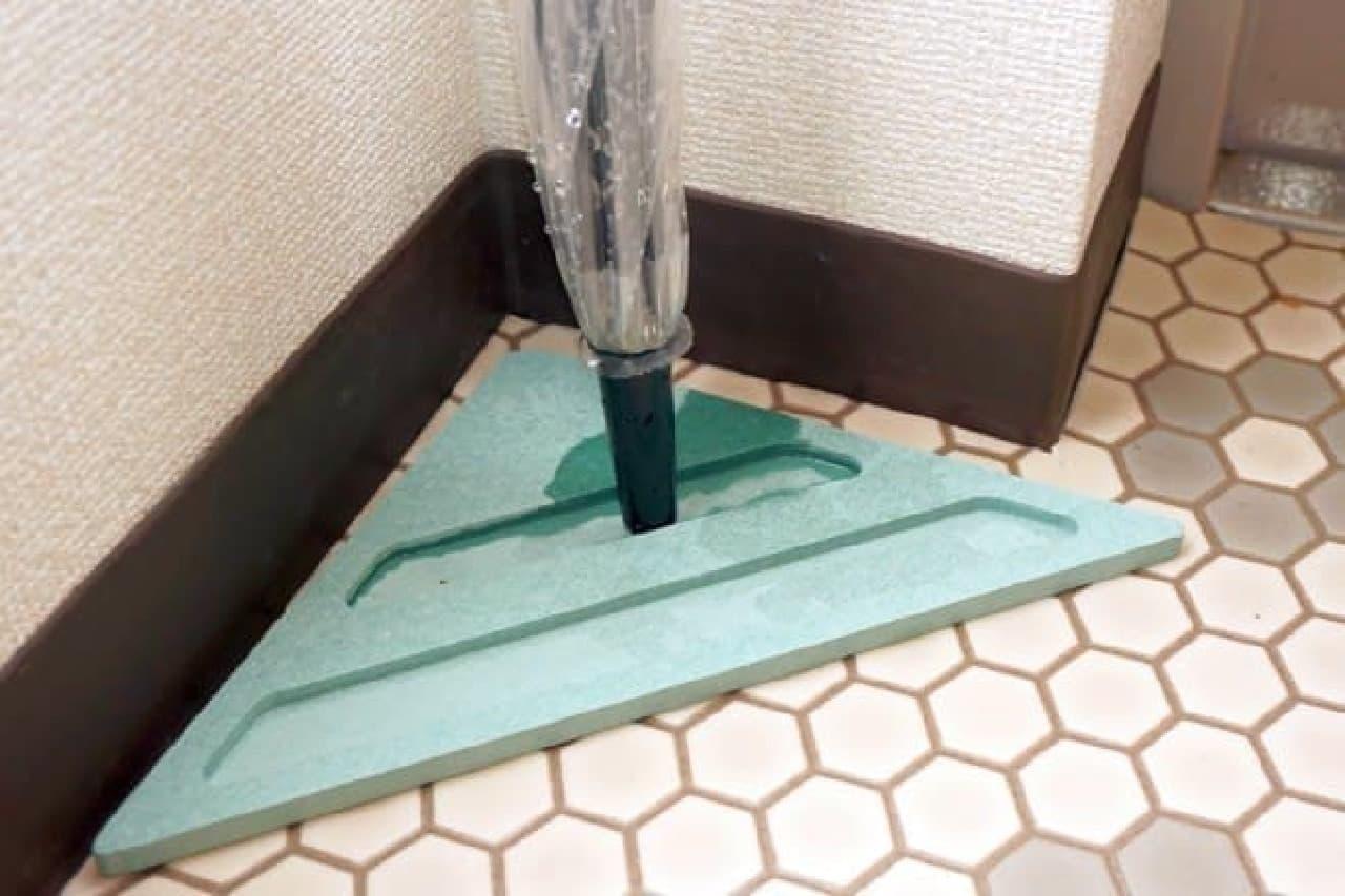 傘立て「&NE 珪藻土アンブレラスタンド」