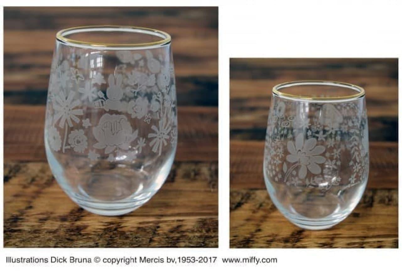 ミッフィーをデザインした「フラワープリントグラス」