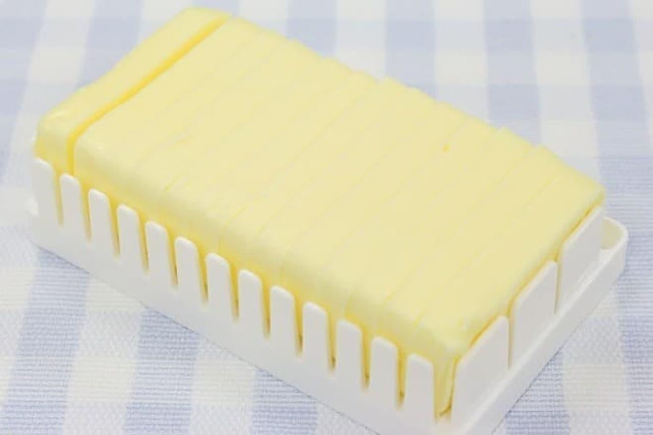 カッティングガイド付バターケース