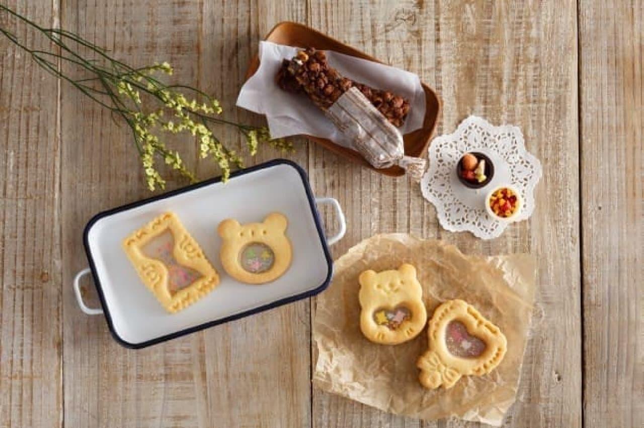 貝印とクックパッドのシャカシャカクッキー型、チョコカプセル型、スティック菓子メーカー